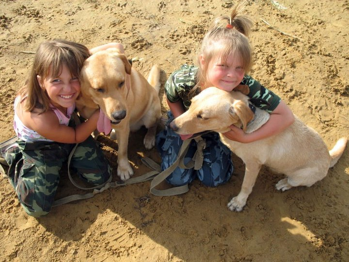 kanis-therapy - dog therapy for kids.